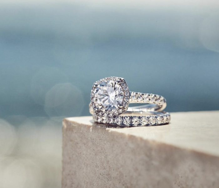 Wedding Bands, Promise and Engagement Rings – What Is the Difference?
